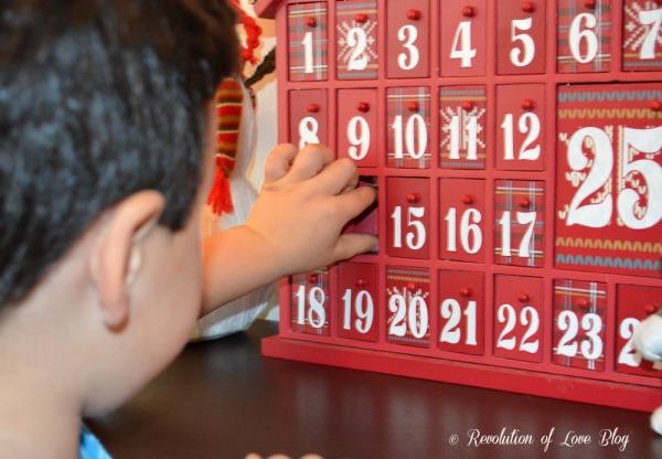 RevolutionofLove.com - Pinterest Party: advent_calendar_pic_3W