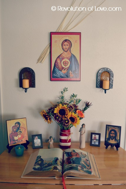 RevolutionofLove.com - Sacred Spaces in the Home -pp_altar_7