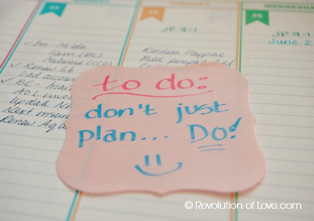 RevolutionofLove.com - How to Choose the Right Planner // (planner_note_doW)