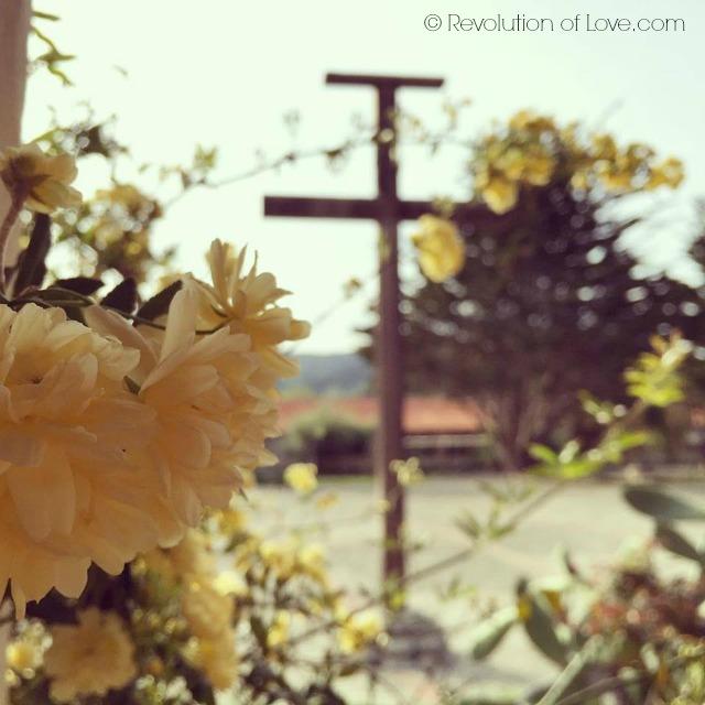 © Revolution of Love.com - cwa_3_2016_cross